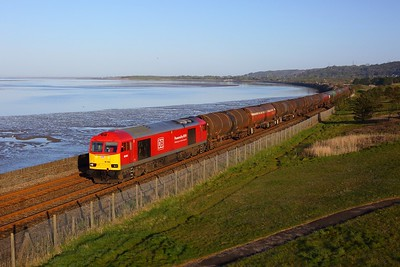 60054 working 6B13 Robeston to Westerleigh at Pwll on 7 May 2021  Class60, DB, WestWalesline