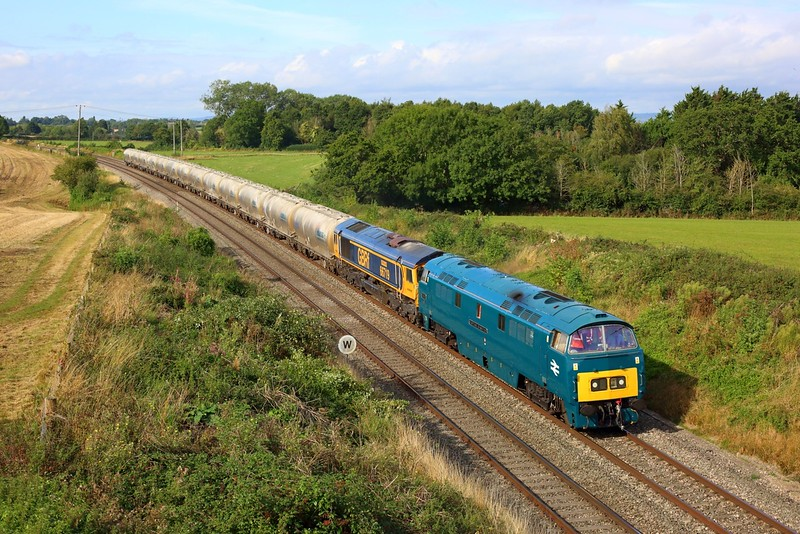 D1015 piloting 66719 on 6M42 Avonmouth to Penyffordd (Wizzo as far as Gloucester NY) at Gossington, Cam and Dursley on 17 Sep 2021  Westerns, Class52, BristolBirminghamLine, GBRf