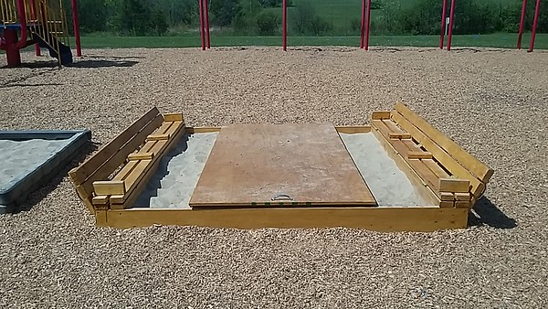 8' x 8' Sandbox Bench (Open)