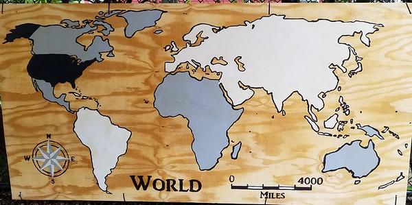 (F20) Monochrome World Map