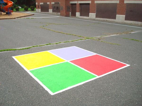 (J8) Four Square