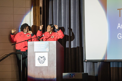 View More: http://erikanizborski.pass.us/20190121cityyear