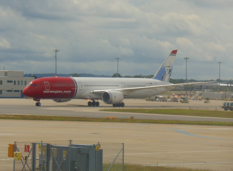 Norwegian Long Haul Boeing 787 Dreamliner at London Gatwick.
