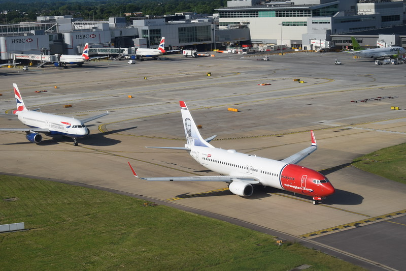 Norwegian Air International Boeing 737-800 EI-FHX at from London Gatwick.