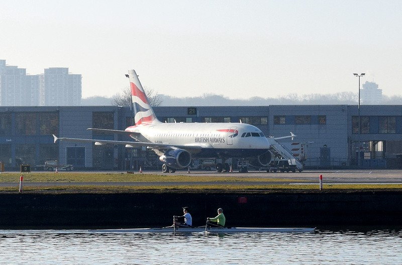 British Airways all business class Airbus A318 G-EUNA at London City Airport on BA001 flights, 17.02.2018.