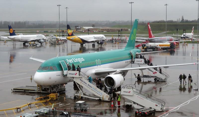 Aer Lingus Airbus A320 EI-CVA St. Schira at Birmingham Airport on a Dublin flight, 10.04.2018.