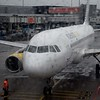 Vueling Airbus A320 EC-LZZ at Amsterdam Schipol with my flight to London Luton, VY8406.