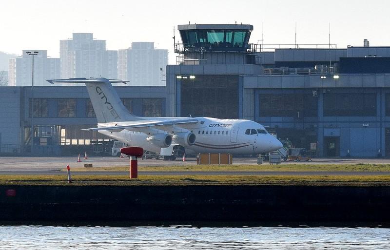CityJet Avro RJ85 at London City Airport, 17.02.2018.