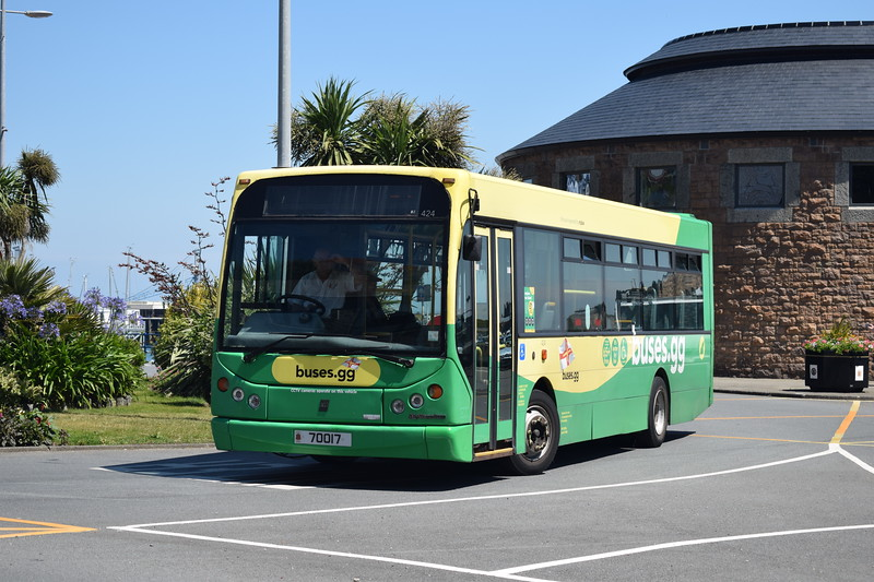 CT Plus Guernsey Dennis Dart East Lancs Myllennium 70017 (424) at the Town Terminus in St. Peter Port.
