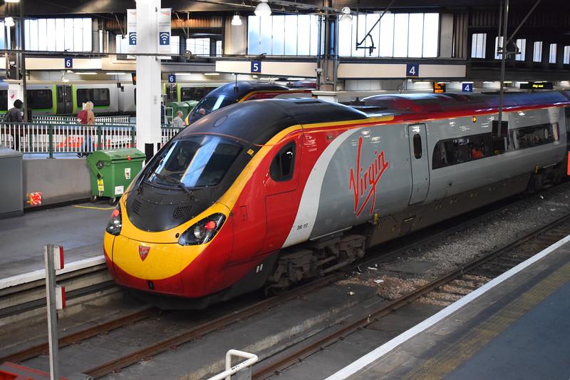 Virgin Trains Class 390 Pendolino no. 390117 at London Euston.