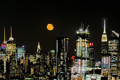 NYC Waning Sturgeon Moon