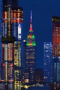 Empre State Building Christmas Colors