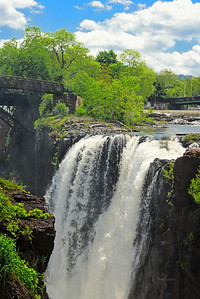 The cliffs of the Great Falls NJ