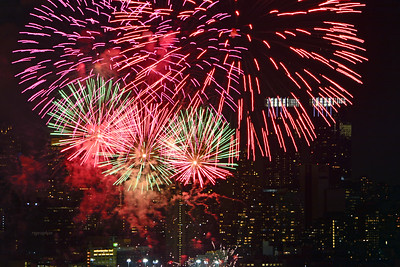 Fireworks Luner New Year NYC