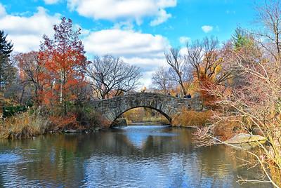 Autumn's Farewell at Gapstow Bridge