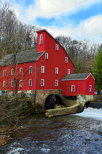 Clinton Red Mill Holiday Finery