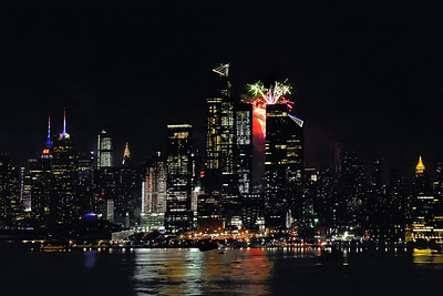 NYC Fireworks-5 Minute Finale