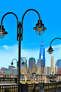 Freedom Tower Framed by the Past