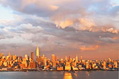 Day 257: NYSkylineSundown - Sept 17.  Amazing sundown skies last night after a rainy morning.