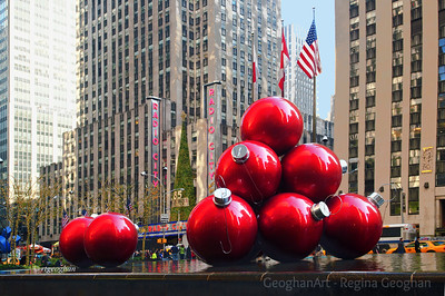 Day 338: New York Holiday Spirit- Dec 4.  Christmas Ornaments and decorations in NYC.