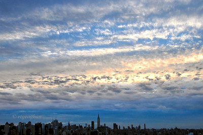 Day 360: NYSkyline - Morning Sky- December 27.  Struggling with a full hard drive and an end-of-year lack of motivation.   Anyone else trying to push through to finish 2013 PADs?