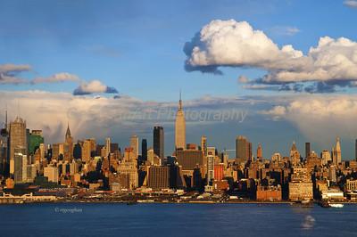 Day 86: NYSkyline Sundown Clouds - Mar 27.