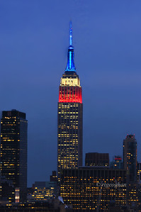 Day 315: Veteran's Day Red White and Blue  - November 12.  I've posted the Empire State Building in Red, White and Blue a number of times but I never get tired of seeing those colors light up the skyline.  Last night the lights were in honor of Veteran's Day.