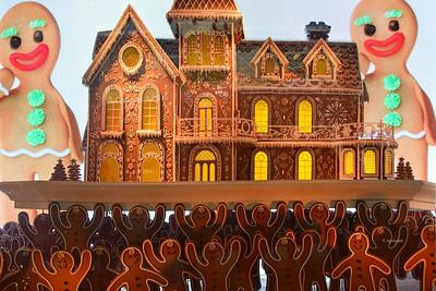 NY Holidays - Gingerbread Window