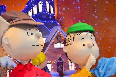 NYC Holiday-Macy's Charlie Brown