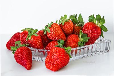 Day 029: Strawberry Still Life - Jan 29.