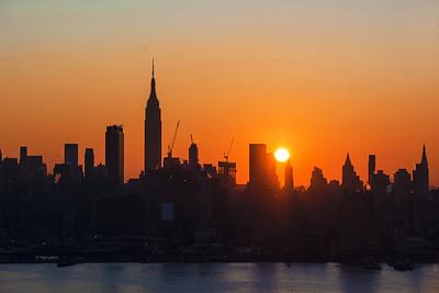 Day 020: NY Skyline-Sunrise - Jan 20.