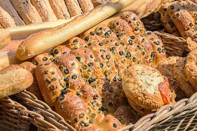 Italian Bread Basket