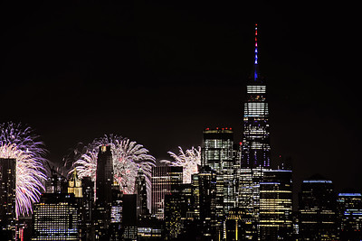 NY Skyline-Macy Fireworks