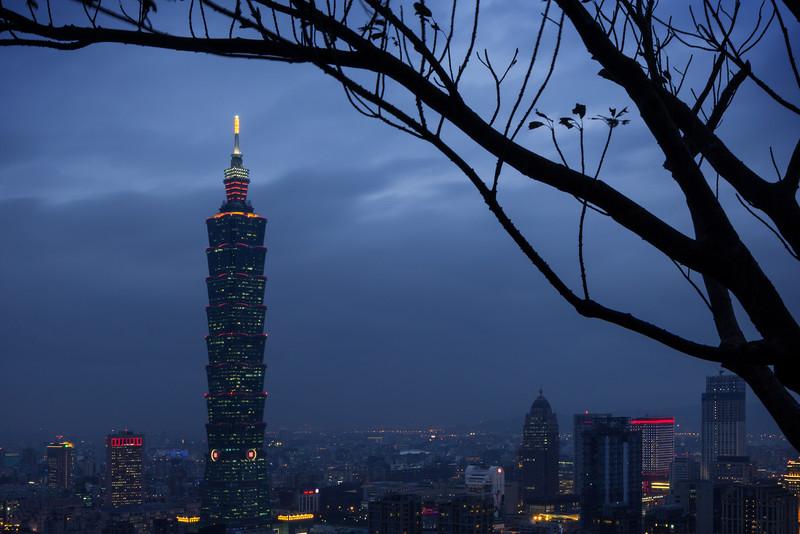 Nightfall in Taipei
