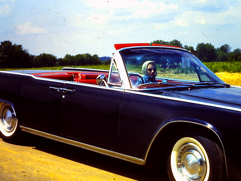 Honeymooning in PAPAW's 61 Lincoln. Nice Ride