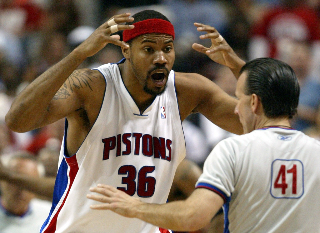 . FILE- In this May 17, 2006, file photo, Detroit Pistons forward Rasheed Wallace argues with referee Ken Mauer during the fourth quarter against the Cleveland Cavaliers in Game 5 of their NBA playoffs second-round series at the Palace in Auburn Hills, Mich. The New York Knicks signed Wallace on Wednesday, Oct. 3, 2012. Wallace, a four-time All-Star,  is ending a two-year retirement.  (AP Photo/Paul Sancya, File)