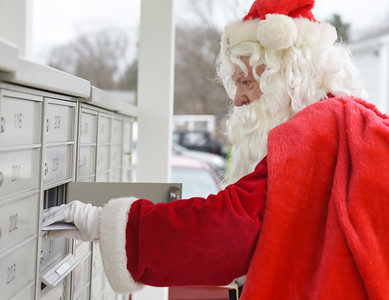 Bob Hillberry has played Santa Clause for the past 32 years but because of COVID, he hasn't received any calls for his services this year. Harold Aughton/Butler Eagle