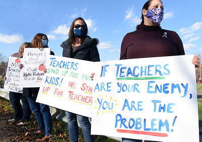 Parents from the Mars School District showed their support for teachers outside the district offices along RT 228 Friday, Nov. 13, 2020. Harold Aughton/Butler Eagle