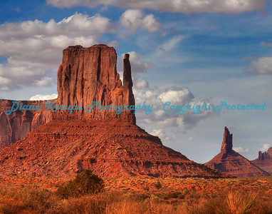 Mitten Rock, Monument Valley (Navajo Tribal Park), Arizona.  Photo #703