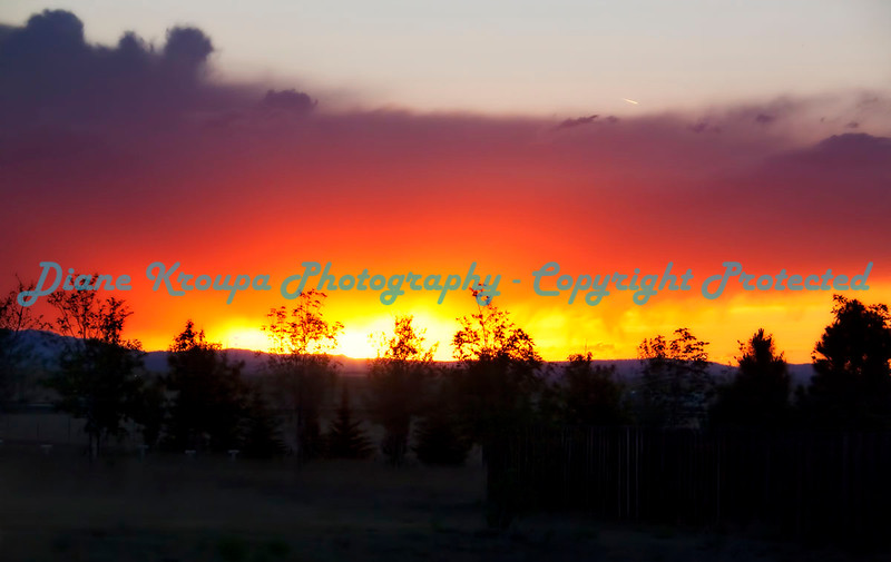 Big Sky Wyoming Sunset near Fort Laramie, Wyoming.  Photo #319