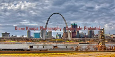 St. Louis Gateway Arch view from East St. Louis, IL.  Photo #124