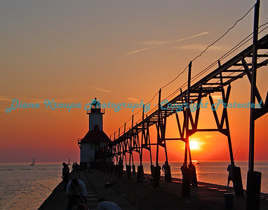 St. Joseph Light at sunset, St. Joseph, Michigan. Photo #401