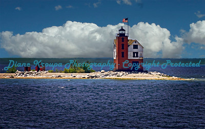 Mackinaw Island Light, Mackinaw Island, Michigan  Photo# 892
