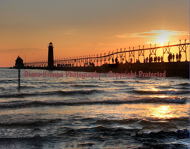 Grand Haven Lighthouse at sunset, Grand Haven, Michigan. Photo #408