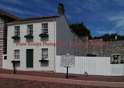 Mark Twain's boyhood home and whitewashed fence - Hannibal, Missouri  #19