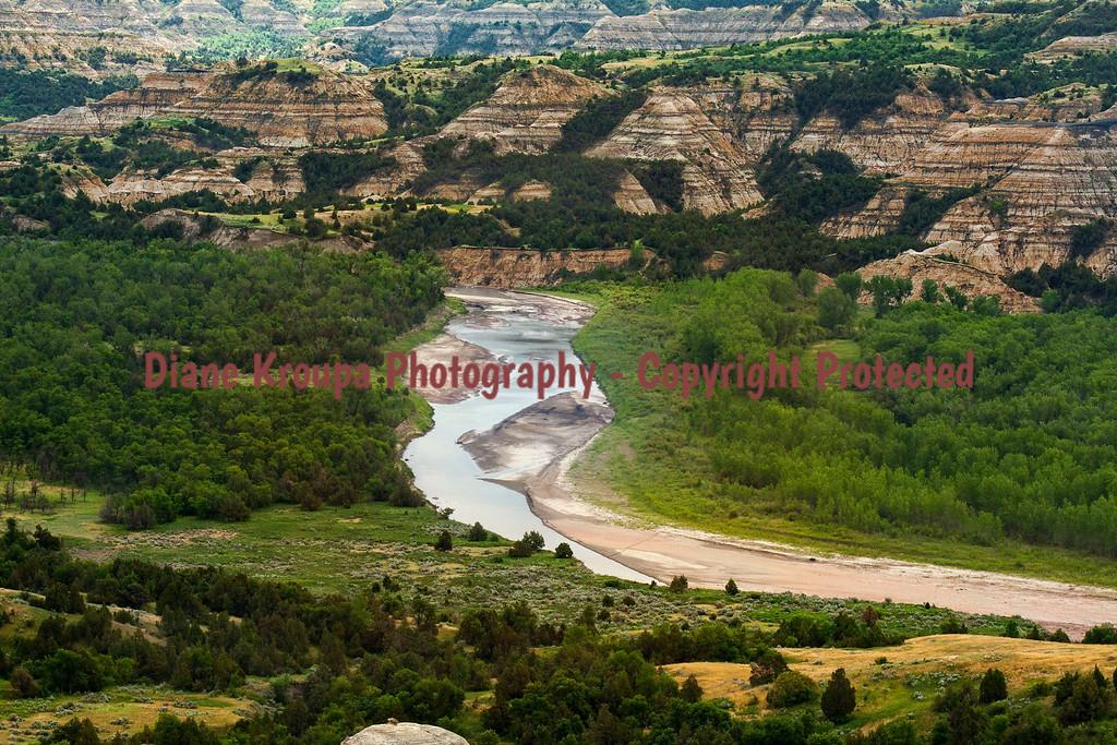 Thodore Roosevelt National Park - Scenic Overlook with Little Missouri River, North Dakota.  Photo# 44