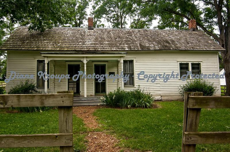 Jesse James boyhood Home - Kearney, MO  Photo  #8