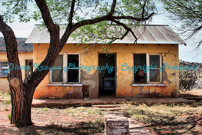 Ghost town home in Cuervo, New Mexico, on Old Route 66.  Photo #6608
