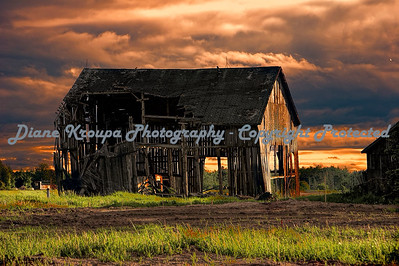 Old Barn at sunset - Brimley, Michigan.   Photo #677