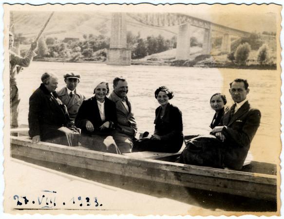 Родина Літман  (Litman Family) . Заліщики, Дністер. 21 серпня 1933 р.